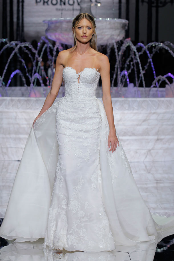ilovebrides.pt_Pronovias 2018_Barcelona Bridal Fashion Week 2017