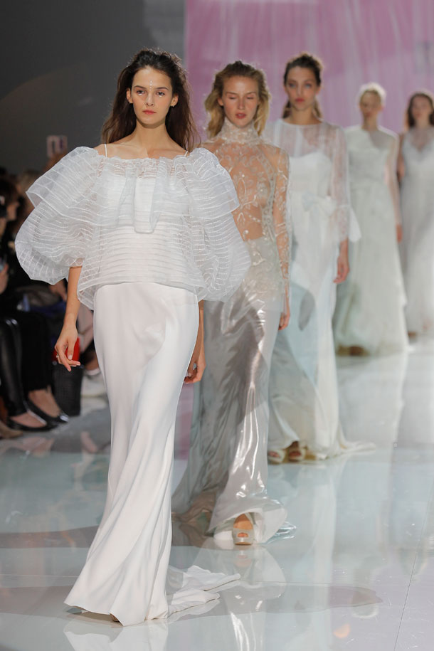 ilovebrides.pt Raimon Bundo 2018 Barcelona Bridal Fashion Week 2017